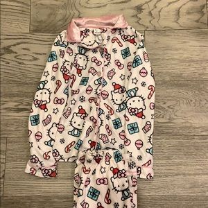 🎄 Hello Kitty Christmas Pajamas 🎄